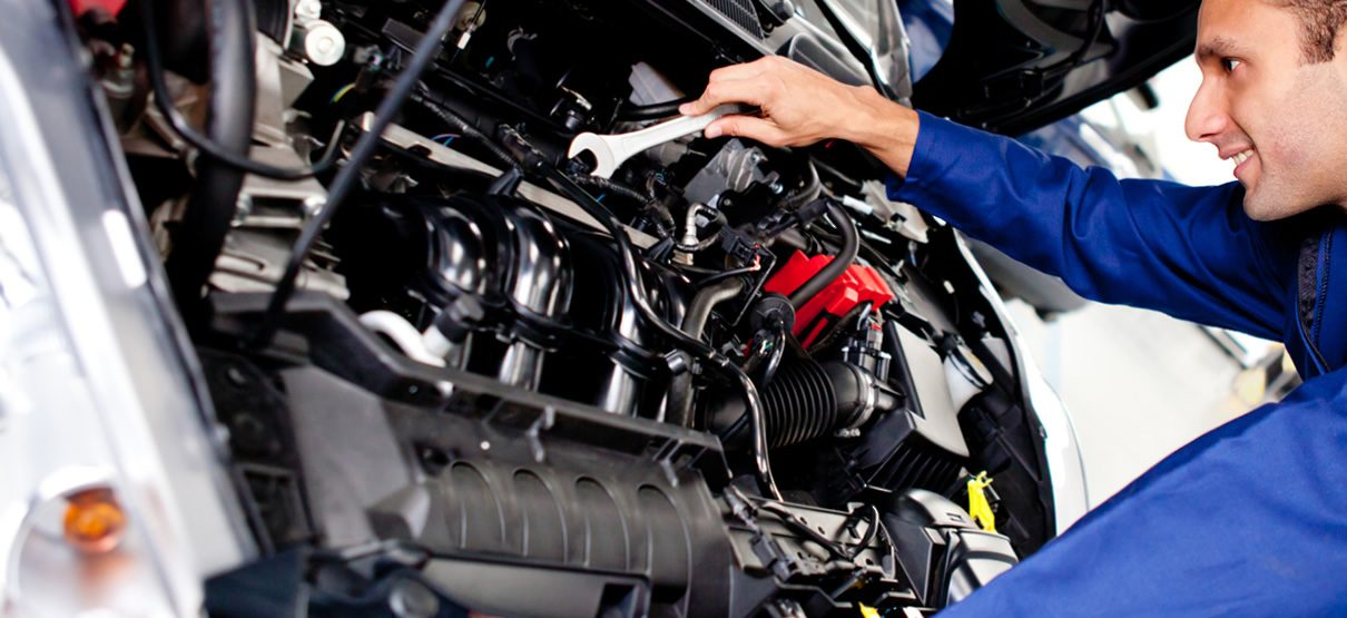 8 Signs and Symptoms of Engine Damage | Grimmer Motors Hamilton