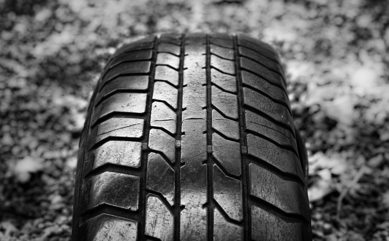 Monochrome Tyre