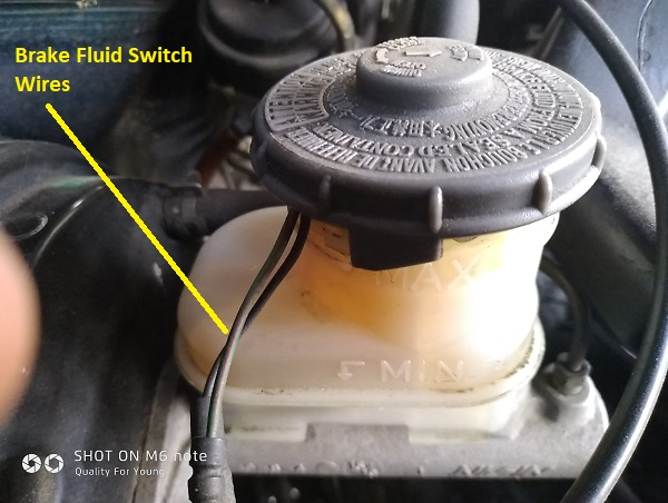 Brake fluid switch external wires