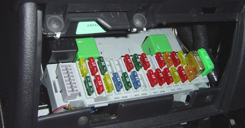 car fuse box short car fuse box short circuit