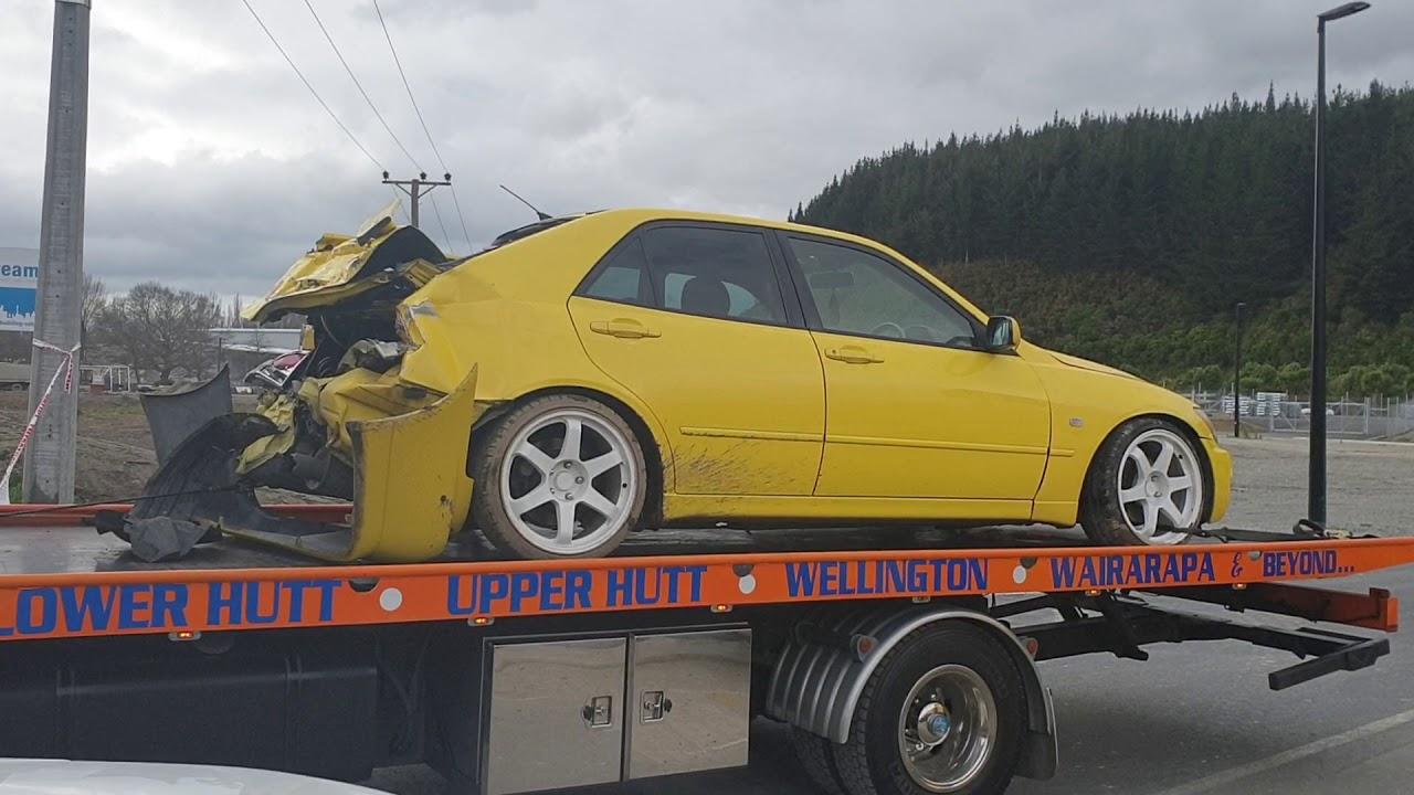 Car-Being-Towed