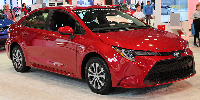 Wikimedia commons resized Toyota Corolla Hybrid